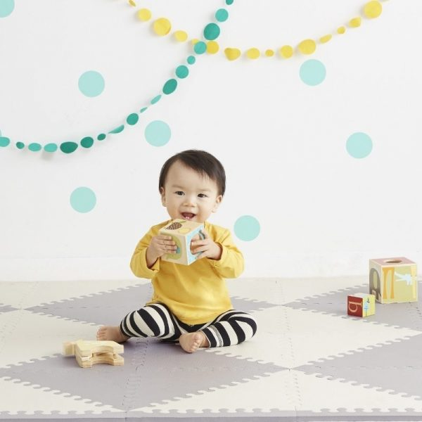 mata skip hop geo cream/grey playspot